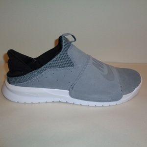 Nike Size 10 M BENASSI SLIP Grey New Sneakers